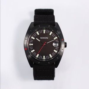 NEW Nixon Rover SS Black/Red Watch